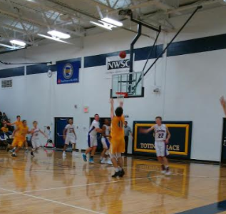Boys Basketball defeats Spring Lake Park